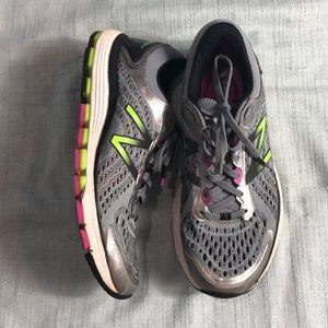 New Balance 1260v7 Running Shoes, 9 1/2